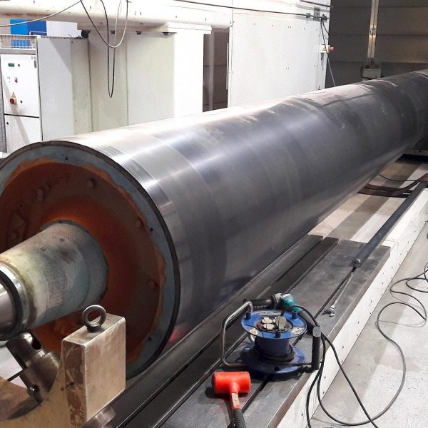 Laser cladding in paper industry